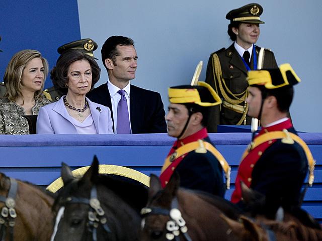 El duque de Palma, en su última actividad oficial, en el desfile del Día de la Hispanidad. | Gonzalo Arroyo