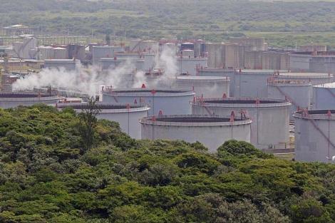 Instalaciones de Shell en Sudáfrica.   AP