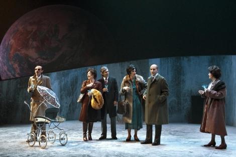 El elenco al completo durante la función. | Teatro Abadía
