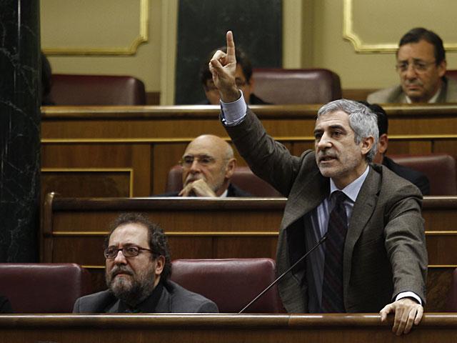 Llamazares pide la palabra en la constitución del Congreso. | Alberto Cuéllar