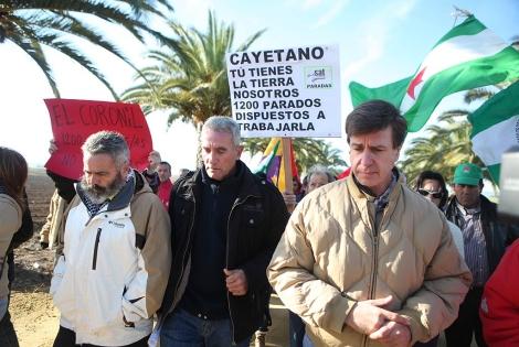 Juan Manuel Sánchez Gordillo, Diego Cañamero y Cayetano Martínez de Irujo. | Jesús Morón