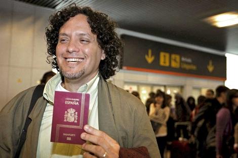 Norberto Díaz, médico cubano que llegó a España en 2009 gracias a la aplicación de la ley. | Efe