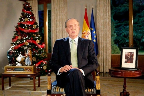 El Rey durante su tradicional mensaje navideño de 2009. | Efe