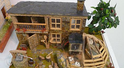 Una casa tradicional lucense, con el tejado de pizarra.   S. P.