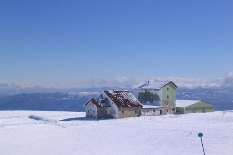 El futuro de la única estación de montaña de Galicia sigue pendiente. | Manzaneda