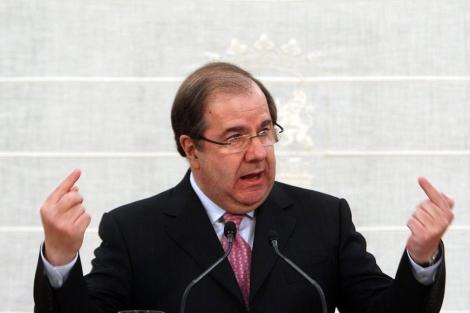 Juan Vicente Herrera, durante la rueda de prensa posterior al Consejo de Gobierno. | Ical