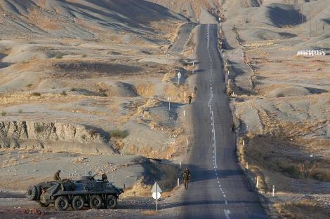 Imagen de archivo de la frontera turco-iraquí, en Sirnak. | AP
