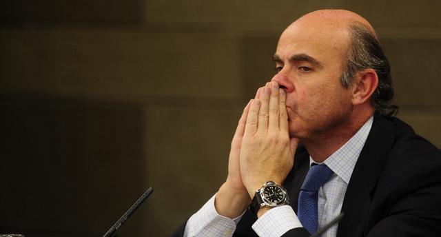 El ministro de Economía, Luis de Guindos. | Bernardo Díaz
