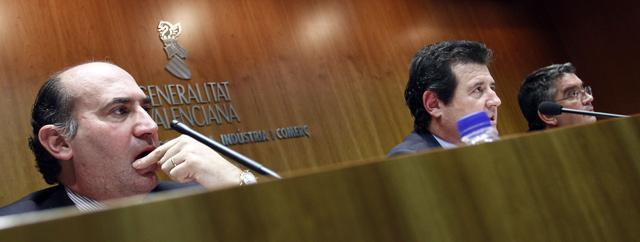 Los consellers Verdeguer, Císcar y Vela, durante su rueda de prensa. | José Cuéllar