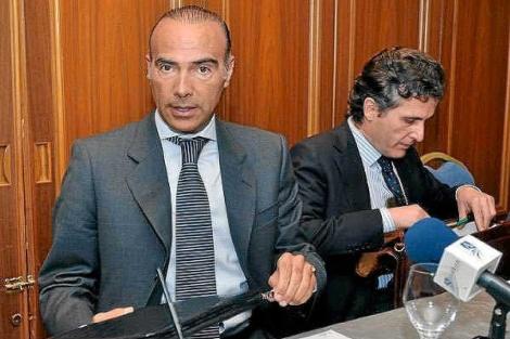 Luis Oliver, con Rodríguez Sacristán, durante su etapa en el Betis. | UES