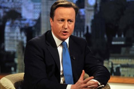 El primer ministro británico Cameron durante una entrevista con la cadena BBC. | Reuters