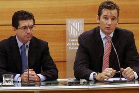 Jaume Matas, junto a Iñaki Urdangarín.   Reuters