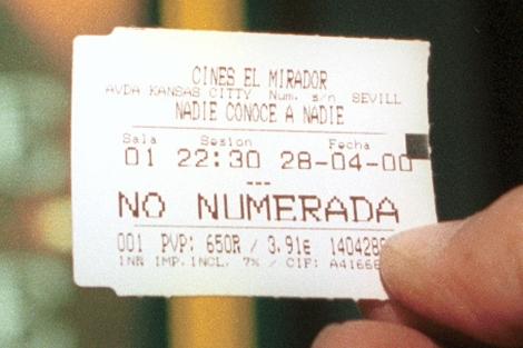 Una entrada de cine de 2000. Precio: 650 pesetas, 3,91 euros. | Jesús Morón