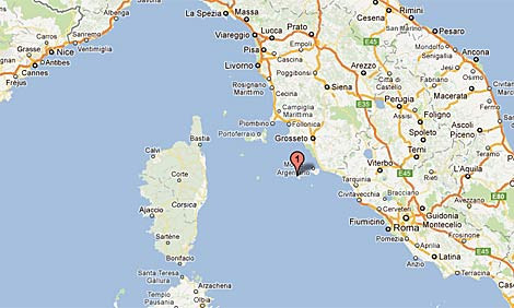 Localización de la pequeña isla de Giglio frente a las costas italianas, en Toscana.
