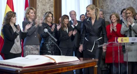 Cristina Cifuentes durante su toma de posesión. Gonzalo Arroyo