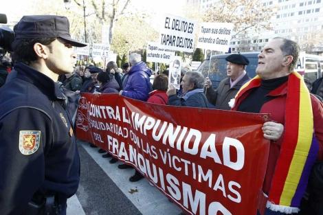 Concentración de apoyo a Garzón el pasado día 17. | Alberto Cuéllar