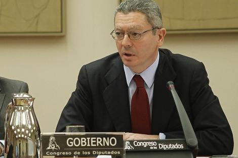 Alberto Ruiz-Gallardón, en la Comisión de Justicia del Congreso. | J. Aymá