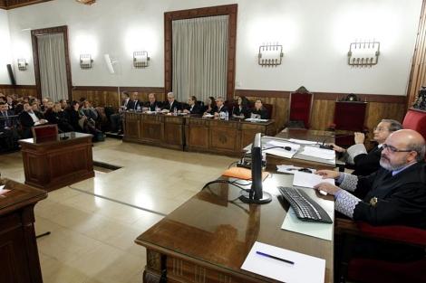 Vista general de la sala del Tribunal Superior de Justicia de Valencia. | Efe