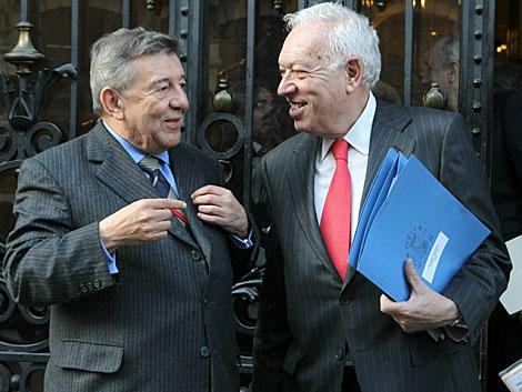El ministro de Exteriores, García-Margallo, con su homólogo peruano. | Efe