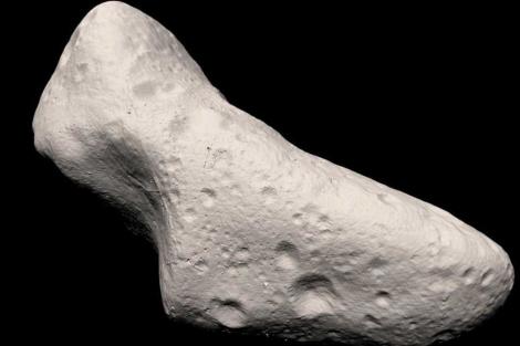Eros, captado por la sonda NEAR. | NASA