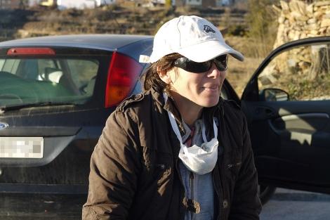 Elvira Roda a su llegada a un pueblo del interior de Castellón | E.M.