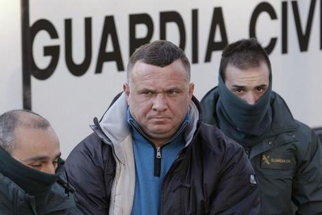 Ion Clamparu, a su llegada al tribunal. | EM