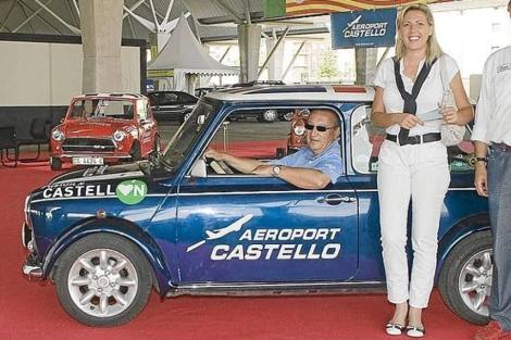 Pallardó y Carlos Fabra en un evento organizado por el Club Mini de Castellón. | ELMUNDO.es