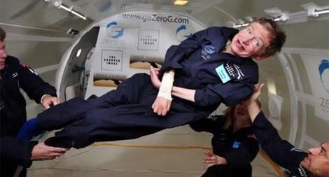 Hawking se subió a un vuelo parabólico. | Museo de Ciencia de Londres.