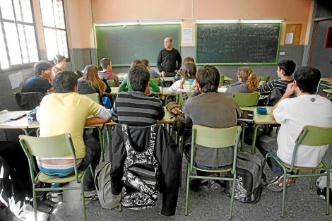 Alumnos en una clase de Educación para la Ciudadanía, en 2009 en Valencia. | J. Cuéllar