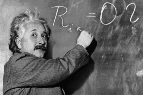 El experto Fernando Alberca sostiene que cualquier niño se puede convertir en un Einstein.