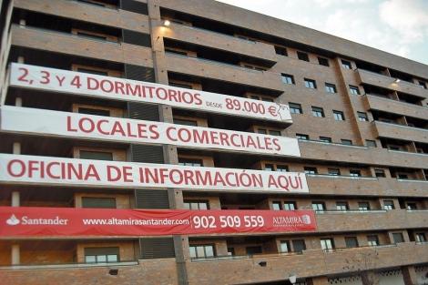 Pisos del banco en Seseña con el anterior precio de 89.000 euros (diciembre 2011).   J. S. C