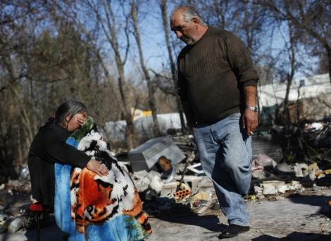 Afectados por la demolición de chabolas en Puerta de Hierro. | Reuters