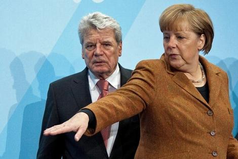Merkel y el nuevo presidente Gauck. | Efe