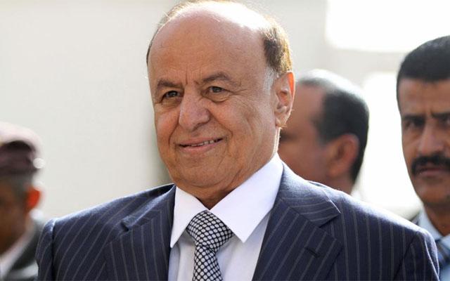 Abdo Rabu Mansur Hadi momentos antes de ejercer su derecho al voto en Saná. | Reuters