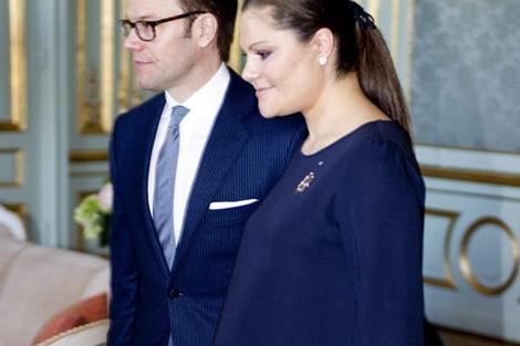 Victoria de Suecia, con su marido en una de sus últimas apariciones. | Efe