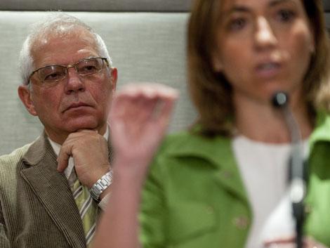El socialista Josep Borrell en un acto de apoyo a Carme Chacón. | Bernardo Díaz