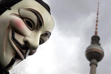Uno de los manifestantes en Berlín. | Reuters