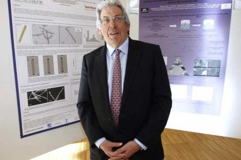 El físico Pedro Miguel Echenique, en Santander.   Efe