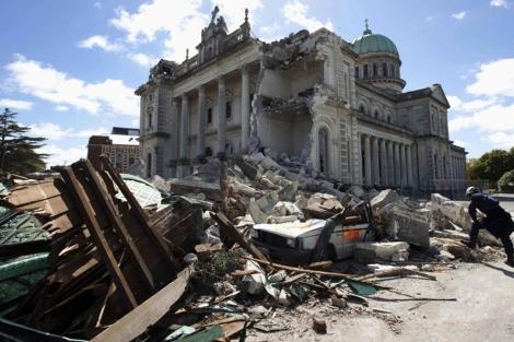 Imagen del estado actual en el que se encuentra la catedral de la ciudad de Christchurch.   AFP