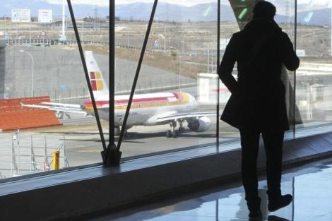 Avión de Iberia en Barajas. | Efe