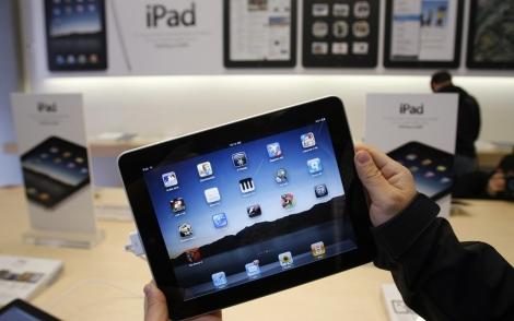El iPad original, que fue lanzado en 2010.   Afp