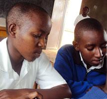 Niños en una escuela ruandesa.| D.M.