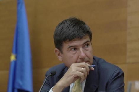 El ex ministro Manuel Pimentel.   Manuel Cuevas
