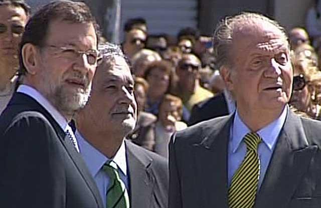 Mariano Rajoy, José Antonio Griñán y el Rey, en Cádiz. | Tve
