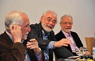 Luis Mateo, Aparicio y Merino, este martes en Instituto Cervantes de Bremen. | Carlos H. Bruch