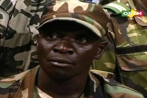 Imagen del jefe de los golpistas, Amadou Sanogo, en una intervención en Bamako.   AFP