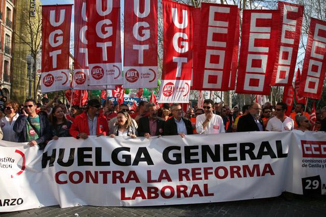 Cabecera de la manifestación de Valladolid.   Ical