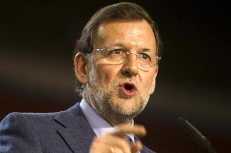 Mariano Rajoy en el cierre de la campaña electoral en Sevilla. | Efe