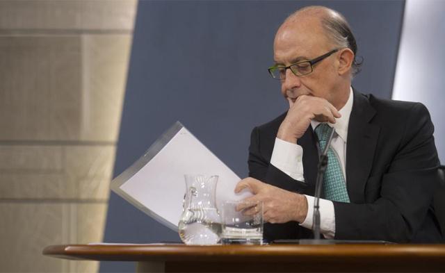 El ministro de Hacienda, Cristóbal Montoro, tras el Consejo de Ministros. | Alberto Cuellar