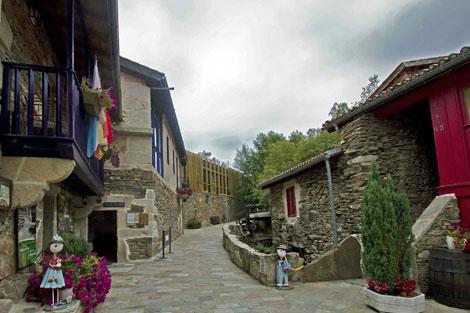 Aspecto de la aldea de Couso Galán tras su rehabilitación. | ADG